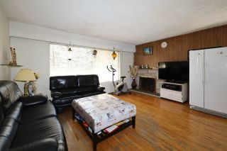 Photo 2: 3605 MARSHALL Street in Vancouver: Grandview Woodland House for sale (Vancouver East)  : MLS®# R2570232