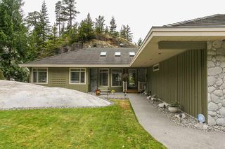 "Photo 1: 158 STONEGATE Drive in West Vancouver: Furry Creek House for sale in ""FURRY CREEK BENCHLANDS"" : MLS®# R2149844"