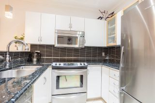"""Photo 5: 302 1177 HORNBY Street in Vancouver: Downtown VW Condo for sale in """"LONDON PLACE"""" (Vancouver West)  : MLS®# R2237119"""