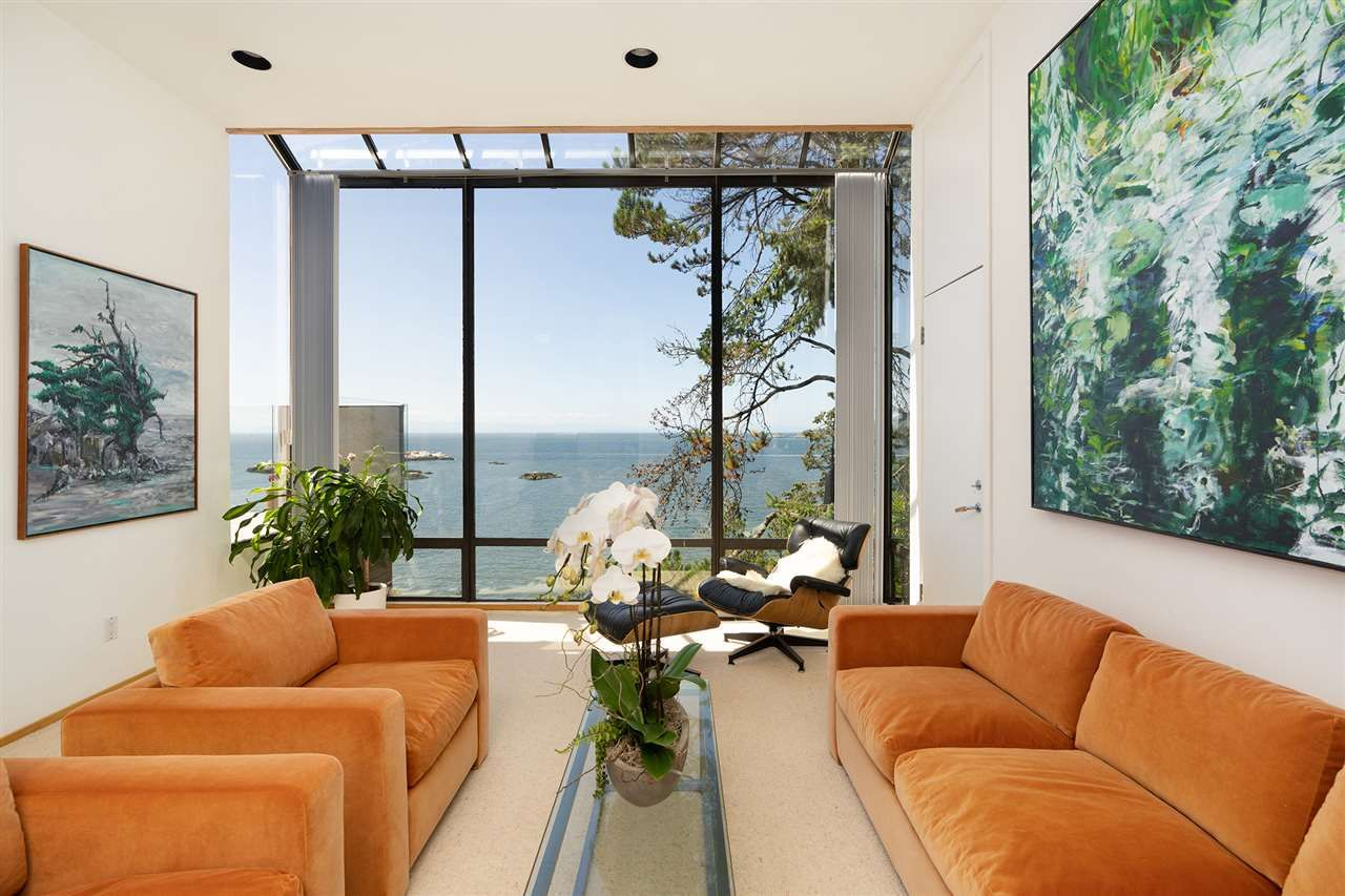 Photo 4: Photos: 5235 GULF Place in West Vancouver: Caulfeild House for sale : MLS®# R2498528