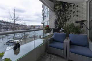 """Photo 3: 404 1600 HORNBY Street in Vancouver: Yaletown Condo for sale in """"YACHT HARBOUR POINTE"""" (Vancouver West)  : MLS®# R2562490"""