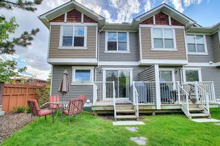 Photo 1: 224 CRANBERRY Park SE in Calgary: Cranston Row/Townhouse for sale : MLS®# C4299490