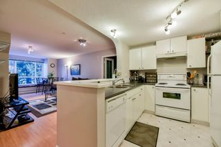"""Photo 6: 319 6833 VILLAGE GREEN in Burnaby: Highgate Condo for sale in """"CARMEL"""" (Burnaby South)  : MLS®# R2123253"""