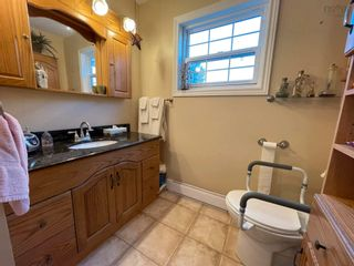 Photo 21: 64 Poplar Street in Stellarton: 106-New Glasgow, Stellarton Residential for sale (Northern Region)  : MLS®# 202124285