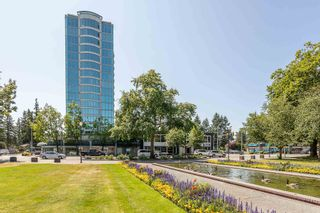 """Photo 1: 404 32330 SOUTH FRASER Way in Abbotsford: Central Abbotsford Condo for sale in """"Town Centre Tower"""" : MLS®# R2605342"""