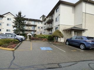 "Photo 1: 117 7694 EVANS Road in Chilliwack: Sardis West Vedder Rd Condo for sale in ""Creekside"" (Sardis)  : MLS®# R2543218"