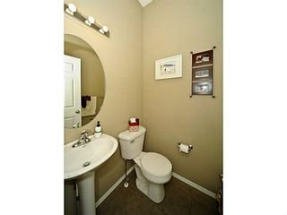 Photo 14: 14 COUNTRY VILLAGE Gate NE in CALGARY: Country Hills Village Townhouse for sale (Calgary)  : MLS®# C3578013