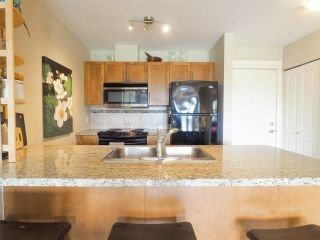 """Photo 8: 218 1211 VILLAGE GREEN Way in Squamish: Downtown SQ Condo for sale in """"Rockcliff"""" : MLS®# R2456399"""