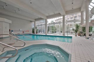 """Photo 17: 902 3170 GLADWIN Road in Abbotsford: Central Abbotsford Condo for sale in """"Regency Park Towers"""" : MLS®# R2327745"""