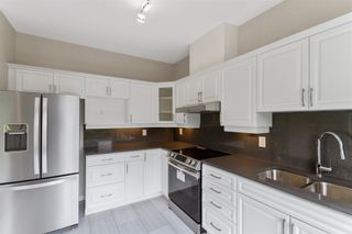 """Photo 6: 439 3098 GUILDFORD Way in Coquitlam: North Coquitlam Condo for sale in """"Marlborough House"""" : MLS®# R2611527"""