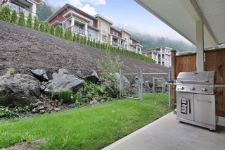 """Photo 18: 11 6026 LINDEMAN Street in Sardis: Promontory Townhouse for sale in """"Hillcrest Lane"""" : MLS®# R2371376"""