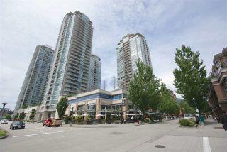 """Photo 2: 2504 2980 ATLANTIC Avenue in Coquitlam: North Coquitlam Condo for sale in """"LEVO"""" : MLS®# R2083721"""