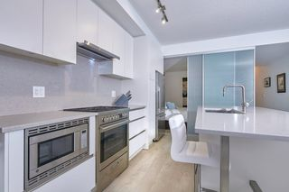 """Photo 16: 303 2141 E HASTINGS Street in Vancouver: Hastings Sunrise Condo for sale in """"The Oxford"""" (Vancouver East)  : MLS®# R2431561"""