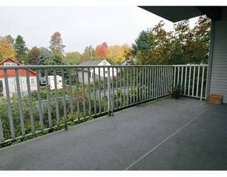 """Photo 8: 20561 113TH Ave in Maple Ridge: Southwest Maple Ridge Condo for sale in """"WARESLEY PLACE"""" : MLS®# V614452"""