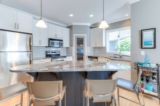 Photo 9: 204 665 Cook Road in Kelowna: Lower Mission House for sale (Central Okanagan)