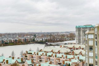 """Photo 30: 1606 1065 QUAYSIDE Drive in New Westminster: Quay Condo for sale in """"Quayside Tower II"""" : MLS®# R2539585"""