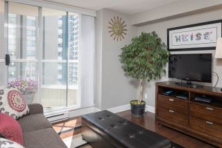 """Photo 15: 1102 717 JERVIS Street in Vancouver: West End VW Condo for sale in """"EMERALD WEST"""" (Vancouver West)  : MLS®# R2262290"""