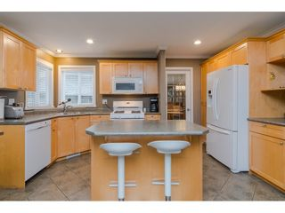 """Photo 7: 18276 69 Avenue in Surrey: Cloverdale BC House for sale in """"Cloverwoods"""" (Cloverdale)  : MLS®# R2369738"""