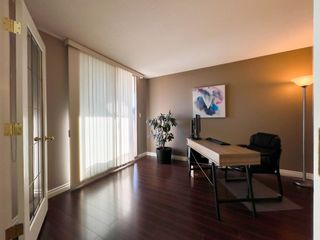 "Photo 15: 1604 1199 EASTWOOD Street in Coquitlam: North Coquitlam Condo for sale in ""Selkirk"" : MLS®# R2534890"