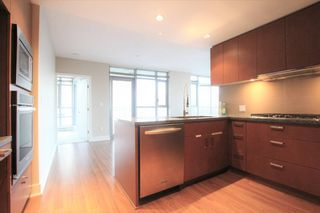 Photo 4: 3008 Glen Drive in Coquitlam: North Coquitlam Condo for rent : MLS®# AR002E