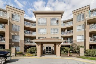 Photo 1: 311 2551 PARKVIEW LANE in Port Coquitlam: Central Pt Coquitlam Condo for sale : MLS®# R2448304