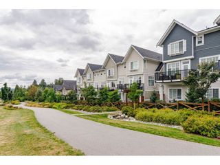 "Photo 3: 16 19938 70 Avenue in Langley: Willoughby Heights Townhouse for sale in ""CREST"" : MLS®# R2493488"