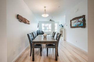 """Photo 5: 12 1188 WILSON Crescent in Squamish: Dentville Townhouse for sale in """"THE CURRENT"""" : MLS®# R2572585"""