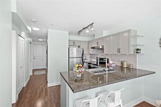 """Photo 9: 309 2008 BAYSWATER Street in Vancouver: Kitsilano Condo for sale in """"Black Swan"""" (Vancouver West)  : MLS®# R2492765"""