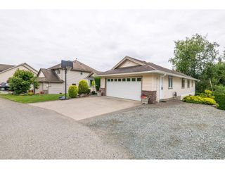 Photo 2: 36038 MARSHALL Road in Abbotsford: Abbotsford East House for sale : MLS®# R2385508