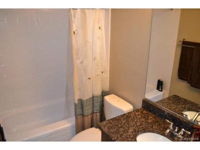 Photo 15: Photos: 10 Carriage House Road in WINNIPEG: St Vital Residential for sale (South East Winnipeg)  : MLS®# 1504404