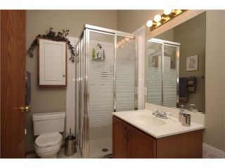 Photo 11: 140 VALLEY MEADOW Close NW in CALGARY: Valley Ridge Residential Detached Single Family for sale (Calgary)  : MLS®# C3507402