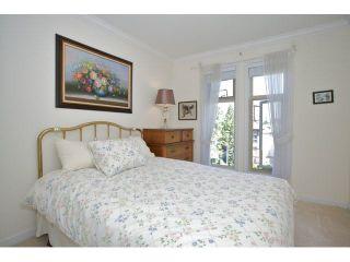 "Photo 21: 401 15340 19A Avenue in Surrey: King George Corridor Condo for sale in ""Stratford Gardens"" (South Surrey White Rock)  : MLS®# F1448318"