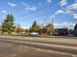 Photo 6: 250 E Island Hwy in PARKSVILLE: PQ Parksville Mixed Use for sale (Parksville/Qualicum)  : MLS®# 722524