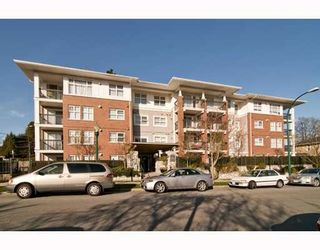 """Photo 1: 301 995 W 59th Ave in Vancouver: Marpole Condo for sale in """"Chruchill Gardens"""" (Vancouver West)  : MLS®# V812017"""