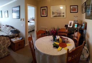 """Photo 4: 202 7435 121A Street in Surrey: West Newton Condo for sale in """"STRAWBERRY HILL ESTATES II"""" : MLS®# R2170697"""