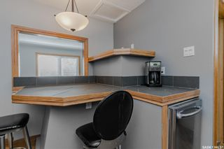 Photo 10: 211 G Avenue North in Saskatoon: Caswell Hill Residential for sale : MLS®# SK870709