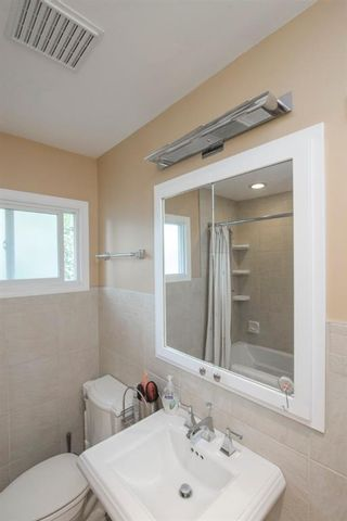 Photo 28: 127 Wedgewood Drive SW in Calgary: Wildwood Detached for sale : MLS®# A1056789