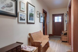 Photo 5: 219 6 Avenue NE in Calgary: Crescent Heights Detached for sale : MLS®# A1040678