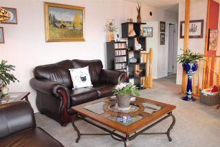 Photo 3: 12 KERRY Crescent in Mackenzie: Mackenzie -Town House for sale (Mackenzie (Zone 69))  : MLS®# R2581866