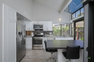 Photo 9: SAN DIEGO Townhouse for sale : 3 bedrooms : 6376 Caminito Del Pastel
