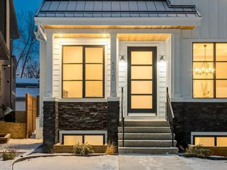Photo 2: 5920 Bowwater Crescent NW in Calgary: Bowness Detached for sale : MLS®# A1047309