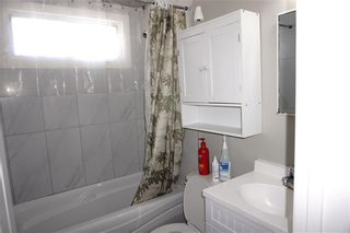 Photo 16: 2012 47 Street SE in Calgary: Forest Lawn Detached for sale : MLS®# C4229006