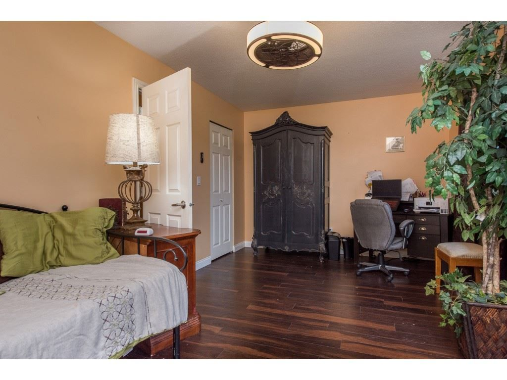 "Photo 26: Photos: 9 45306 BALMORAL Avenue in Sardis: Sardis West Vedder Rd House for sale in ""BALMORAL PARK ESTATES"" : MLS®# R2518450"