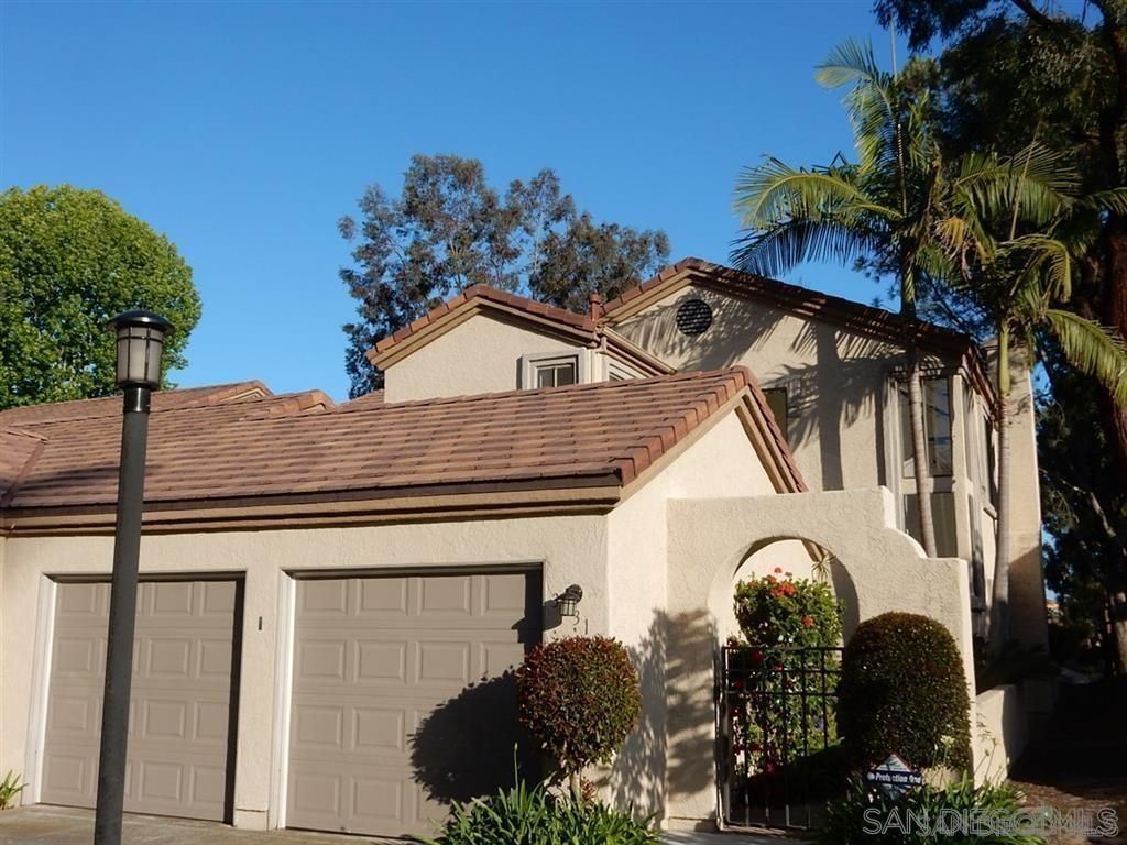 Main Photo: CARMEL VALLEY Twin-home for rent : 3 bedrooms : 3631 Fallon Circle in San Diego