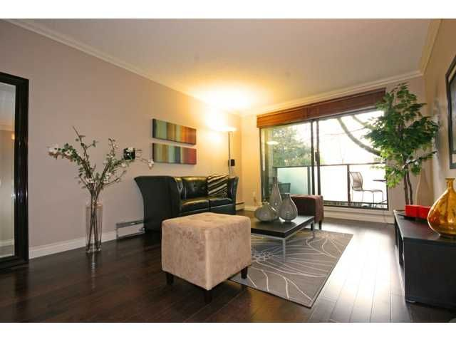 """Photo 6: Photos: 105 2150 BRUNSWICK Street in Vancouver: Mount Pleasant VE Condo for sale in """"MOUNT PLEASANT PLACE"""" (Vancouver East)  : MLS®# V884597"""