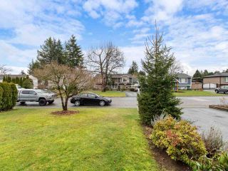 """Photo 2: 26737 32A Avenue in Langley: Aldergrove Langley House for sale in """"PARKSIDE"""" : MLS®# R2527463"""