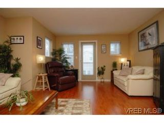 Photo 17: 104 842 Brock Ave in VICTORIA: La Langford Proper Row/Townhouse for sale (Langford)  : MLS®# 507331