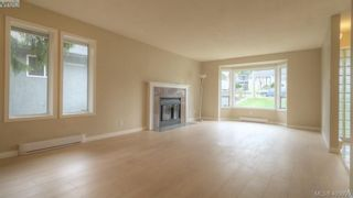Photo 3: 4310 Dieppe Rd in VICTORIA: SE High Quadra House for sale (Saanich East)  : MLS®# 804957