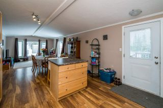 """Photo 16: 2866 EVASKO Road in Prince George: South Blackburn Manufactured Home for sale in """"SOUTH BLACKBURN"""" (PG City South East (Zone 75))  : MLS®# R2542635"""
