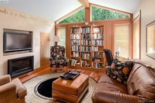Photo 18: 1300 Clayton Rd in NORTH SAANICH: NS Lands End House for sale (North Saanich)  : MLS®# 820834
